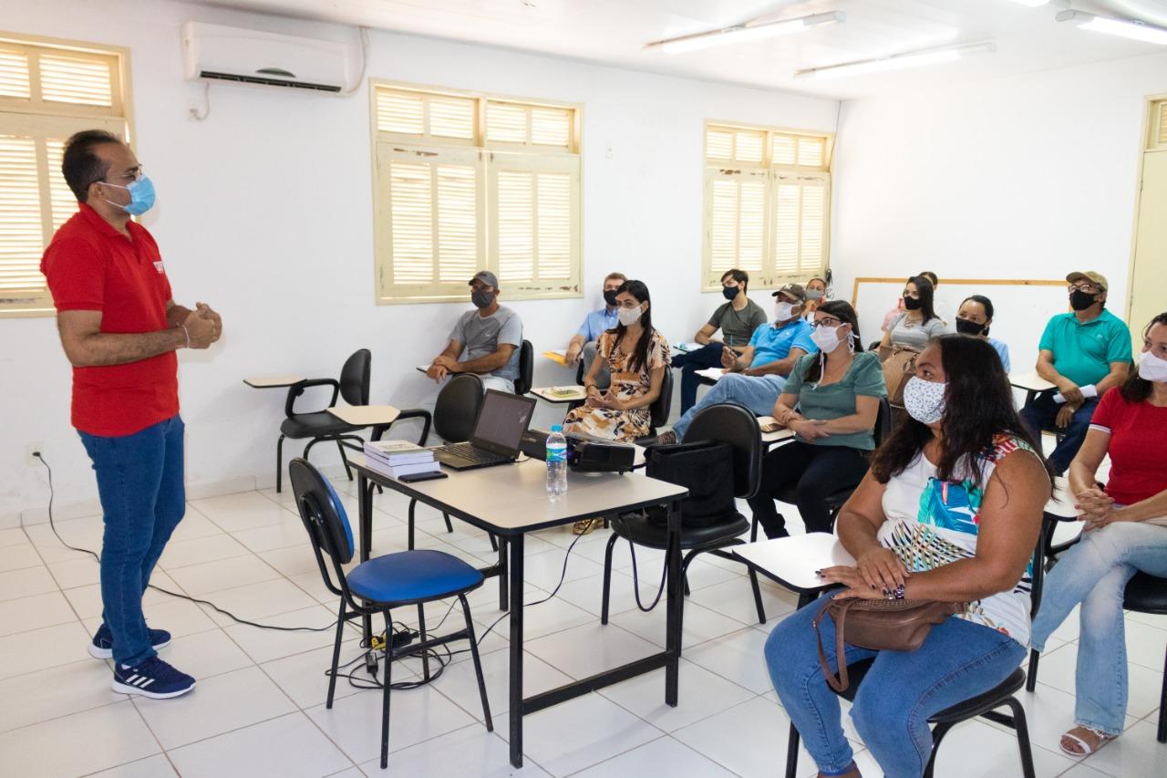 Secretaria de Saúde realiza capacitação para Agentes de Saúde do município